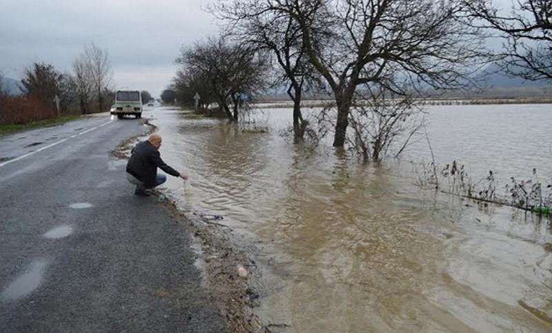 На реках Закарпатья формируется вторая паводковая волна