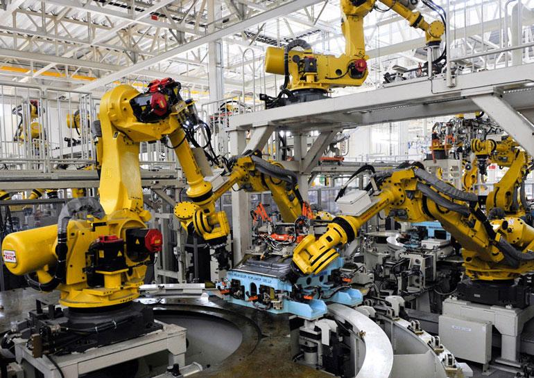 Китайская фабрика заменила 90% рабочих роботами: что получилось?
