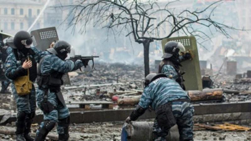 Новое видео реконструкции убийств на Майдане. Со слабой психикой не смотреть