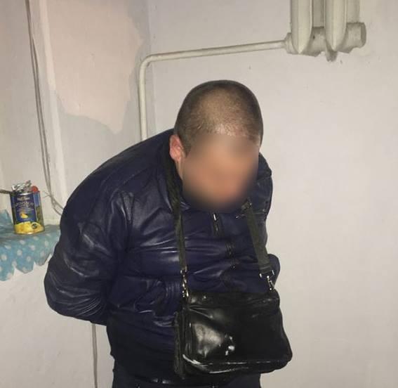 Сбывавший в Николаеве амфетамин участковый арестован на 2 месяца. Но может выйти под залог в 450 тыс.грн.