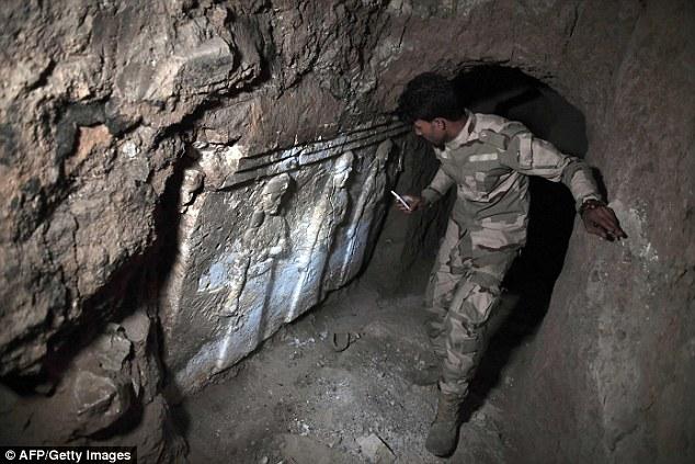 Под развалинами храма, взорванного боевиками ИГИЛ, ученые нашли 2600-летний дворец
