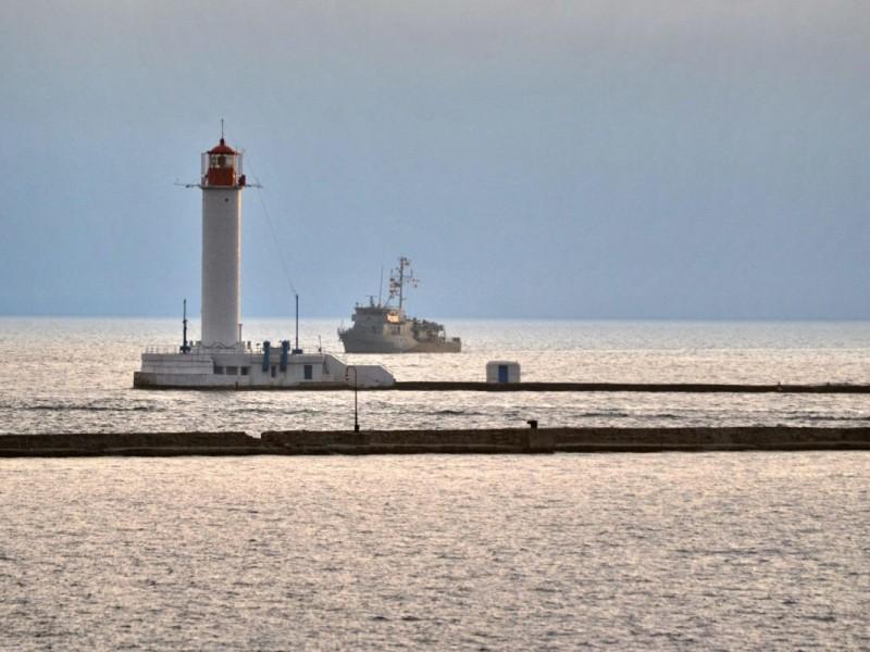 В Одессу зашли противоминные корабли НАТО. На месяц
