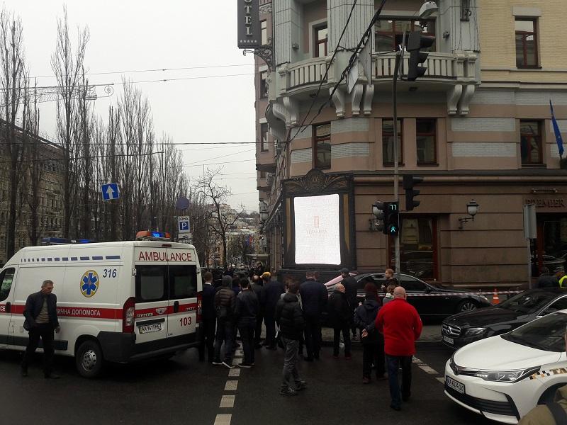 Полицейский, который прибежал на место убийства Вороненкова, был без оружия