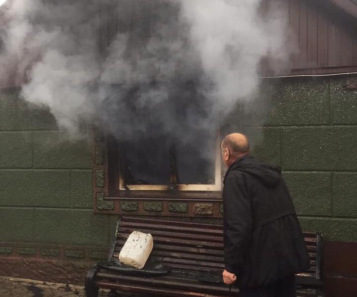 Боевики снова обстреляли Авдеевку: разрушен дом, ранена женщина