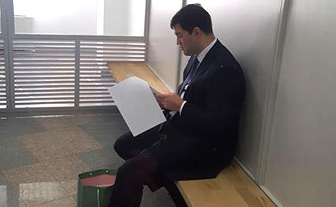 Швейцарский суд не дал НАБУ доступ к офшорным счетам Насирова