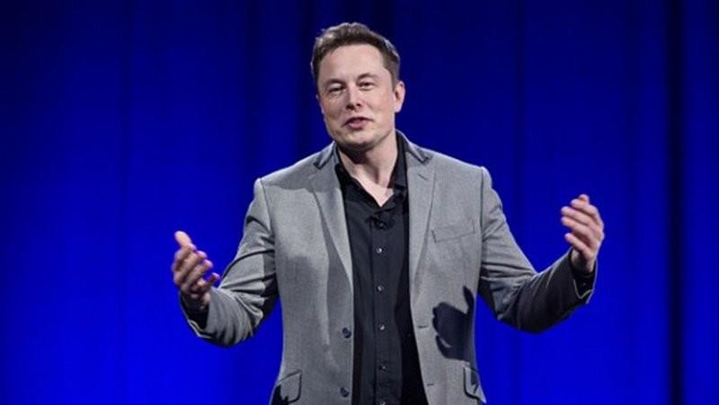 Илон Маск ответил Биллу Гейтсу на критику своей компании