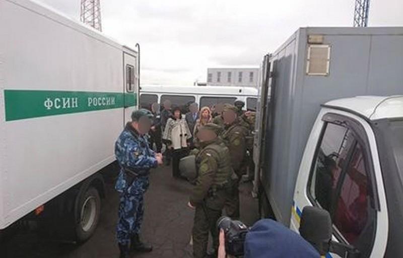 12 заключенных, отбывавших заключение в Крыму и этапированных в Россию, передали Украине