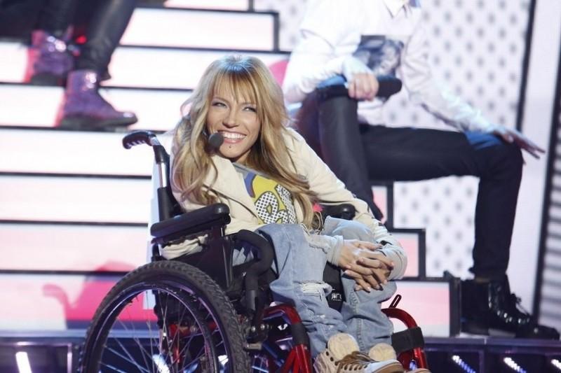Россия отправляет на Евровидение в Украину певицу в инвалидной коляске