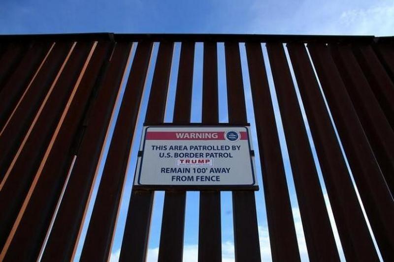 Власти США обнародовали требования к будущей стене на границе с Мексикой