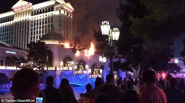 В Лас-Вегасе загорелся отель-казино «Белладжио», где снимали «11 друзей Оушена»