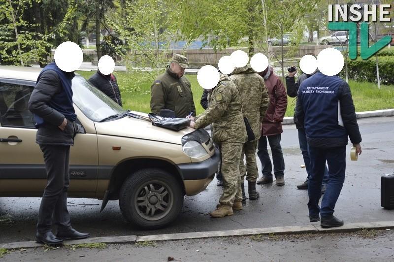 В Николаеве на взятке задержали сотрудника областного военкомата