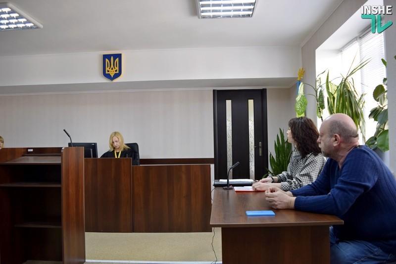 В Николаеве суд пытается определить, виновен ли в коррупции депутат горсовета Репин, на которого «накапал» его коллега Солтис