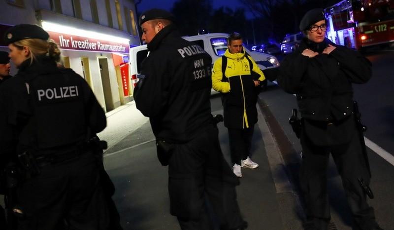 """Во Франции четверо мужчин задержаны при подготовке к теракту """"экстремальной жестокости"""""""