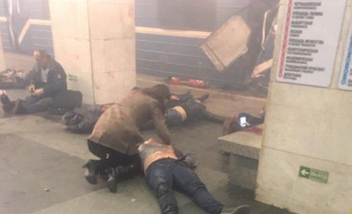 Взрывы в метро Санкт-Петербурга. 10 погибших, около 50 раненых