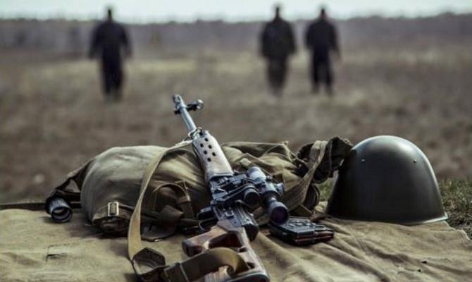 """За прошедшие сутки на Донбассе боевики девять раз нарушили """"режим тишины"""""""