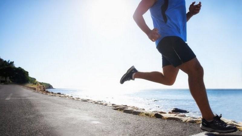 Как правильно заниматься спортом в жару: полезные советы