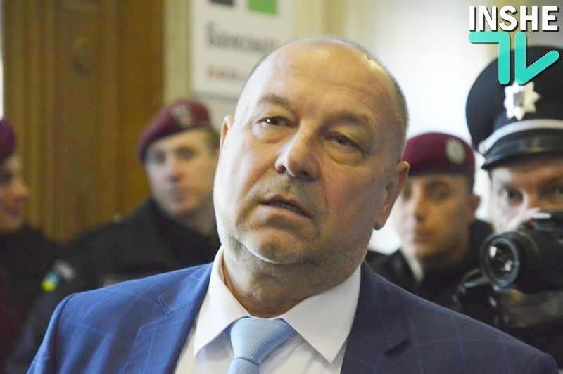 Депутаты Николаевского облсовета разорвали контракт с худруком Русдрама Кравченко, назначив на его должность Свистуна