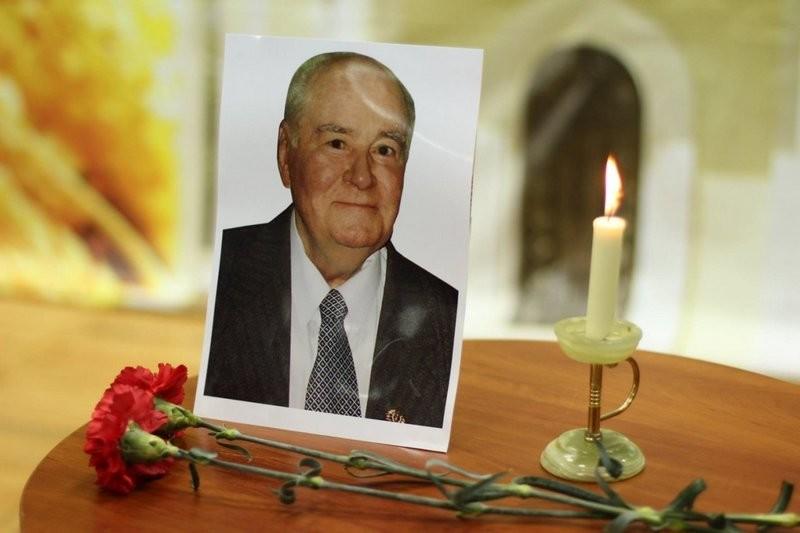 В Николаеве откроют мемориальную доску выдающемуся ученому, писателю, Почетному гражданину города Юрию Крючкову