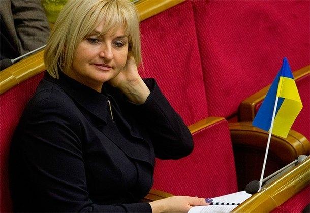 Представителем президента в парламенте стала Ирина Луценко