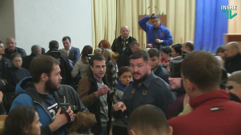 Губернатор Савченко — николаевским общественникам: «Я как глава облгосадминистрации свои обязанности выполняю на отлично»