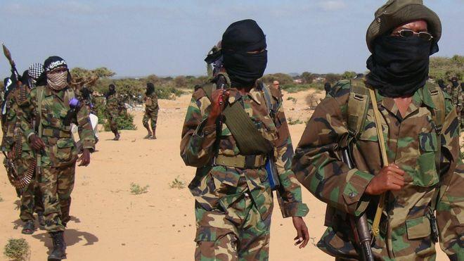 Жуткая казнь: в Сомали мужчину за супружескую измену забили камнями