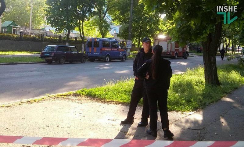 """В Николаеве полиция ищет взрывчатку в офисе """"афганцев"""""""