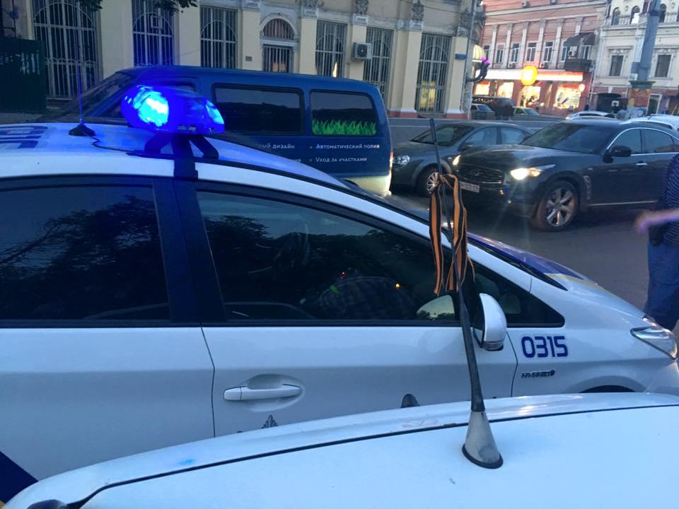 ВОдессе молдавские туристы поплатились загеоргиевскую ленточку
