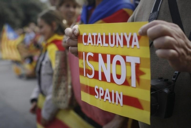 Каталония может провозгласить независимость, если официальный Мадрид откажет в проведении референдума – СМИ