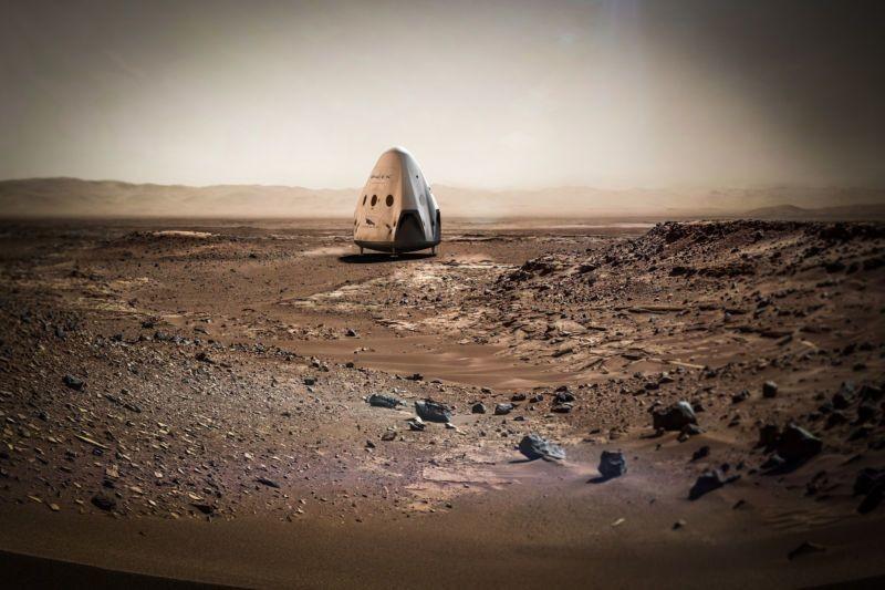 SpaceX через три года отправит два корабля на Марс