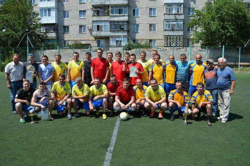 В Николаевской облгосадминистрации, оказывается, хорошо играют в футбол
