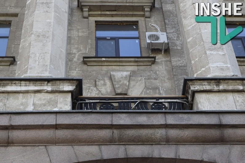 Сенкевич рассказал, как скрылся от полицейских приехавших вручать ему протокол о коррупции: «Через балкон я не перелазил»