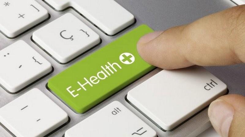 """Треть пациентов медучреждений, подключенных к сервису """"Поликлиника без очередей"""", записываются на прием через Интернет"""