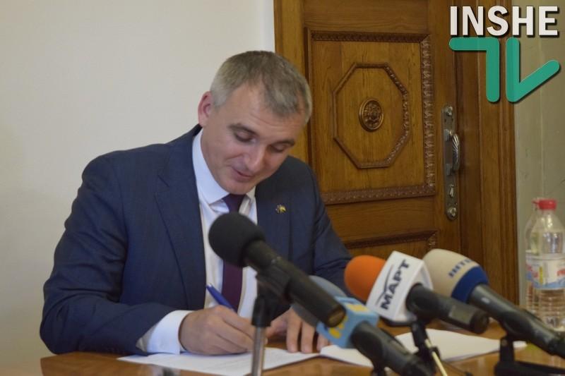 Мэр Николаева Сенкевич заявил, что имел возможность избежать вручения протокола о коррупции: «Я бы сейчас слёг на «больничку», взял бы отпуск, продолжил свою командировку»