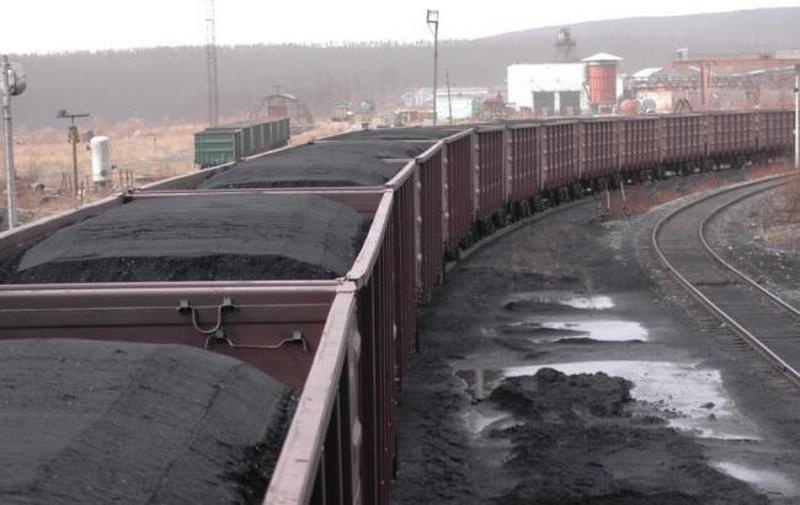 «Центрэнерго» вернулось к закупкам угля Ахметова по формуле «Роттердам+»