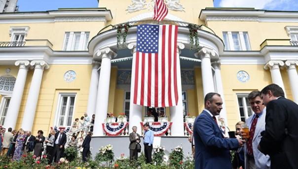 Продолжение дипскандала. РФ отбирает у дипломатов США подсобки и дачу и требует сокращения штата