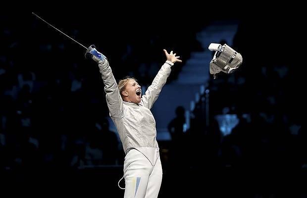 Ольга Харлан стала чемпионкой мира по фехтованию на саблях. Президент уже поздравил
