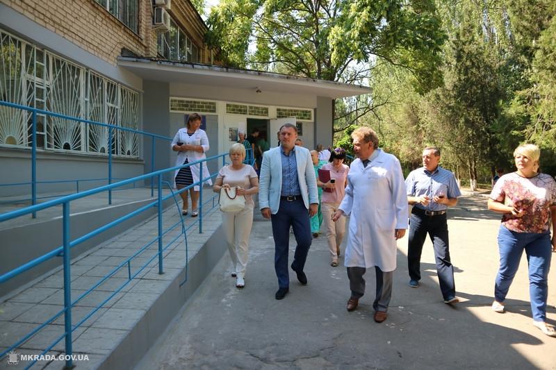 Николаев присматривается к Витовской больнице. Вывод: взять можно, но ужать и переделать
