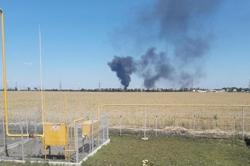 На нефтебазе под Одессой произошел пожар, есть пострадавшие