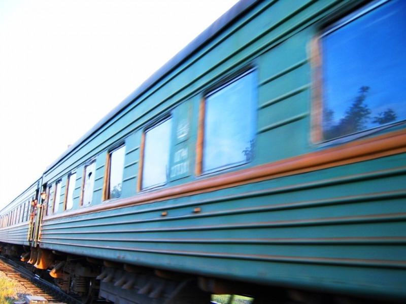 """Пассажиров поезда """"Николаев-Киев"""" высадили в Явкино: поступило сообщение о заминировании"""