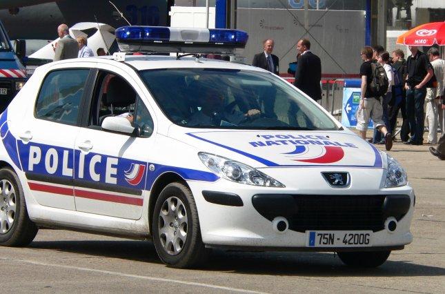 Во Франции проверят 76 мечетей после терактов