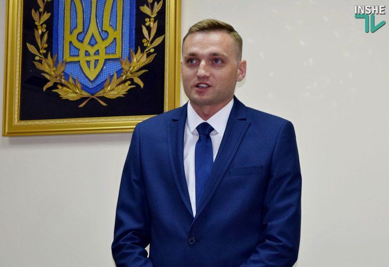 «С*ки, когда вы уже нажретесь?»: самоубийство директора Николаевского аэропорта вызвало бурю в соцсетях