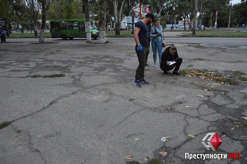 В Николаеве разбойники со стрельбой отобрали у мужчины 500 тыс.грн.
