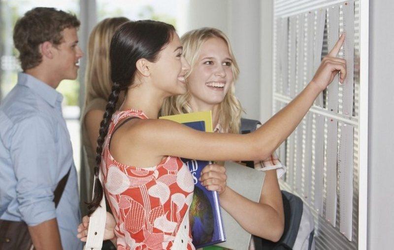 """Из четырех николаевских университетов только """"аграрка"""" набрала первокурсников больше половины лицензионного объема"""