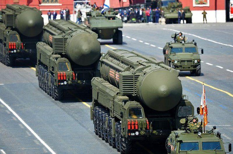 Беларусь превратилась в военный округ России, – разведка Эстонии