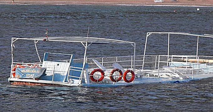 У берегов Италии задержали яхту с украинцами, которые переправляли нелегалов