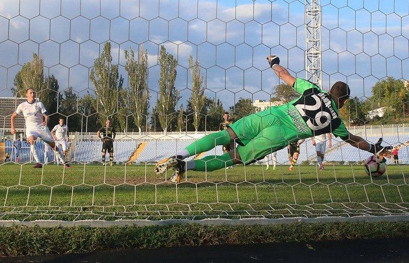 МФК «Николаев» не сумел выиграть дома у «Руха»