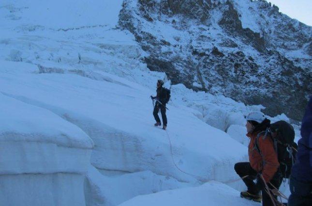 На Эльбрусе нашли тела трех украинских альпинистов, пропавших там 10 лет назад