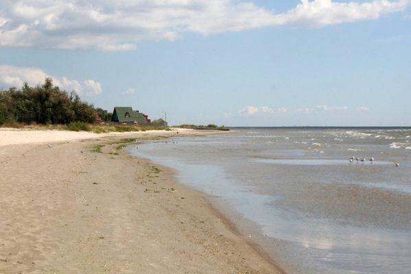 Земельный участок, взятый под гостиницу на берегу моря в Рыбаковке, придется вернуть