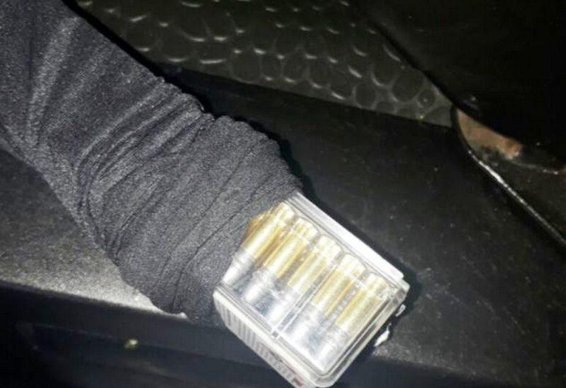 100 патронов в носках пытался пронести мужчина через админграницу с Крымом