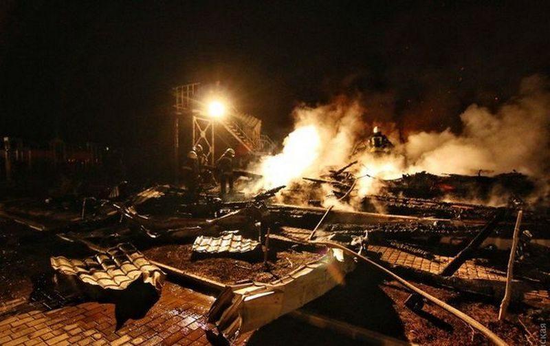 Число погибших во время пожара в одесском детском лагере увеличилось до трех